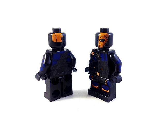 การพิมพ์ด้วย pad ยางซิลิโคน บน model Lego ภาพ Flickr cc-nc-nd by Myles Dupont