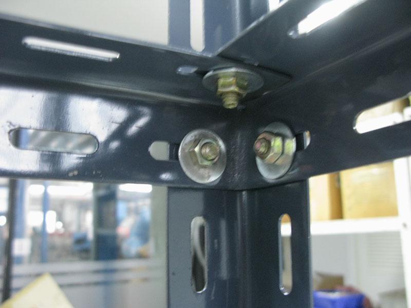 ชั้นเหล็กฉากรู เทคนิคพับ slotted angle shelf-fold technic-assembly1
