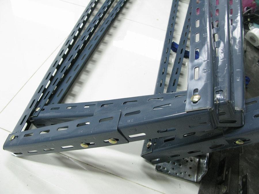 ชั้นเหล็กฉากรู เทคนิคพับ slotted angle shelf-fold technic1